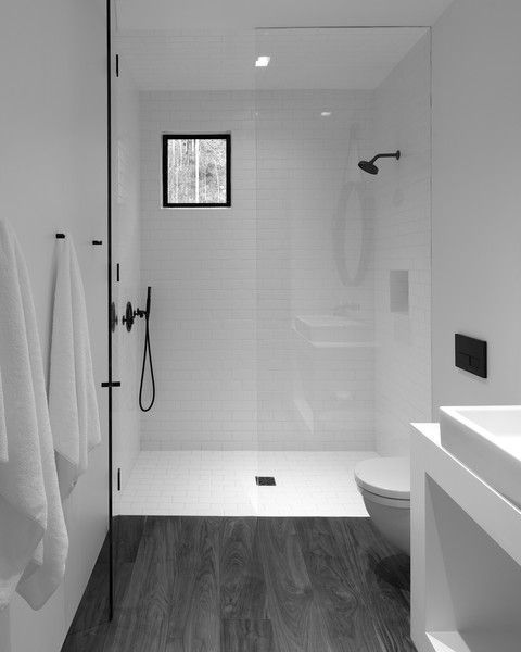 15 banos pequenos con ducha 2021 2022 suelo negro