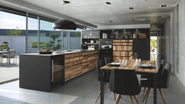 15 cocinas pequenas abiertas al salon 2021 2022 cocina SCHMIDT abierta salon exterior
