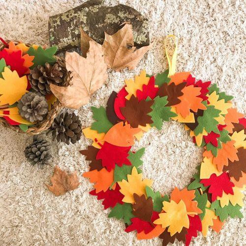 Corona de hojas para decorar