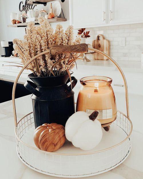 Objetos en dorado y cobre para otoño