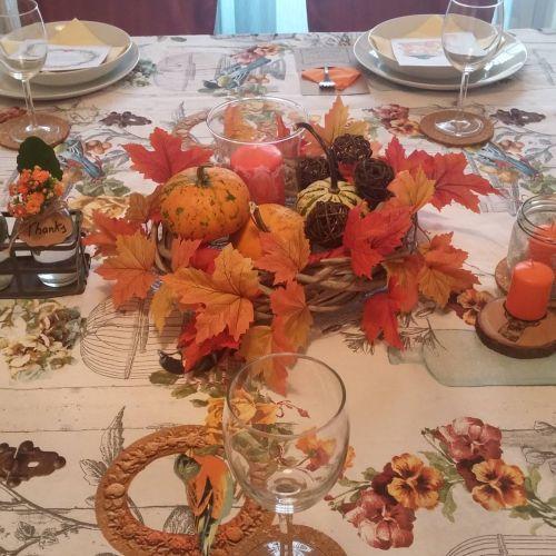 Mesa decorada Acción de Gracias