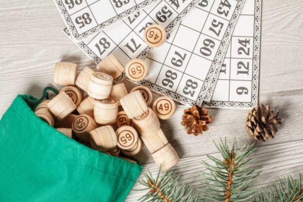 Actividades juegos en familia para navidad corcho