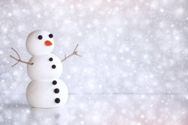 Actividades juegos en familia para navidad muñeco nieve
