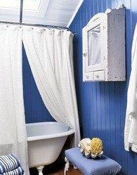 Bathroom-Bold-Blue-Stripes-MKOVR0706-de-54803958