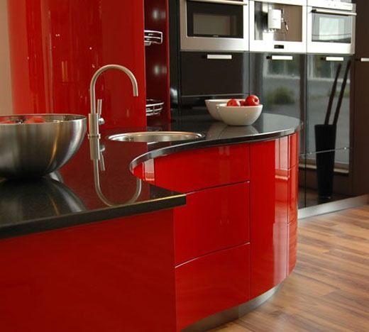 La cocina recupera protagonismo  Cocinas que combinan colores
