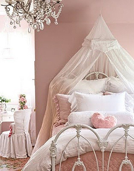 Shabby chic fotos - Little girls shabby chic bedroom ...