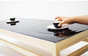 Mesa de te con efecto de ondas