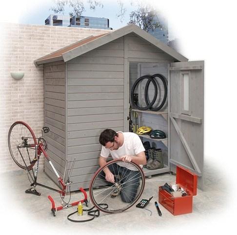 Armarios de exterior que decoran for Guardar bicicletas en el jardin