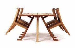 The Watershed, una mesa para el jardín con unas sillas muy originales
