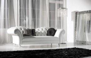 Colores de moda: negro, blanco, oro y plata