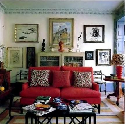 classic-sofa-furniture-and-room-decor-588x585