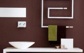 Modernos toalleros térmicos para el cuarto de baño