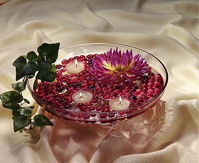 C mo hacer un centro de mesa con flores y velas - Como hacer un centro de mesa navideno ...
