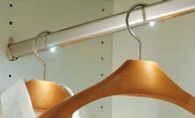 Barral para el armario con iluminación LED