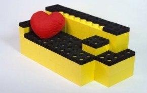 Luna Blocks, muebles inspirados en las piezas Lego