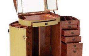 Mesa-maleta para maquillarse y viajar