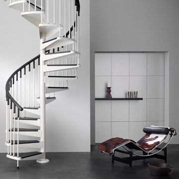 Escaleras caracol una buena opci n ante la falta de for Como trazar una escalera de caracol de concreto