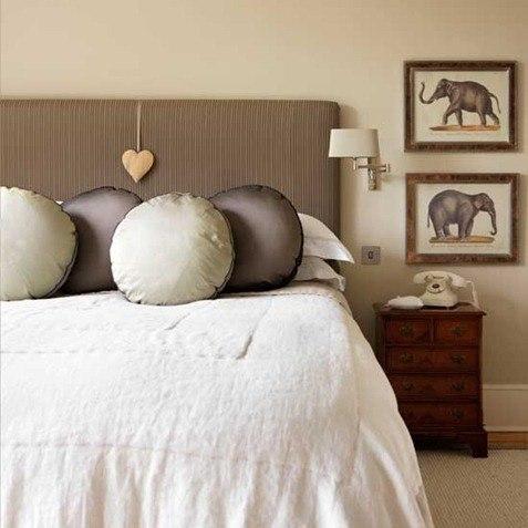 metallic-bedroom