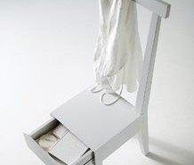 Moheli, una silla con cajón
