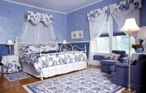Azul y blanco para refrescar los ambientes