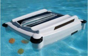 Limpiador de piscinas que se alimenta con energía solar
