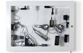 Todos los cables y cargadores en un mismo lugar con ChargerFrame